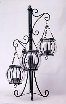 METAL CANDLEHOLDER W GLASS GLOBES