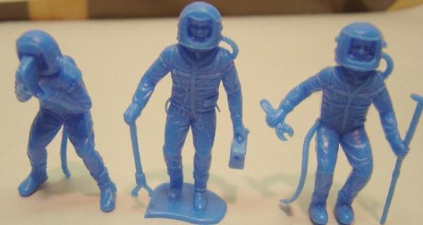 Spaceman Toy Figures - Vintage lot