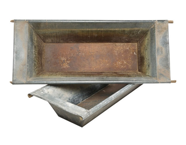 Galvanized Dough Bowl - Primitive Toy Box Planter