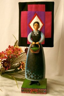 Jim Shore Heartwood Creek Amish Woman