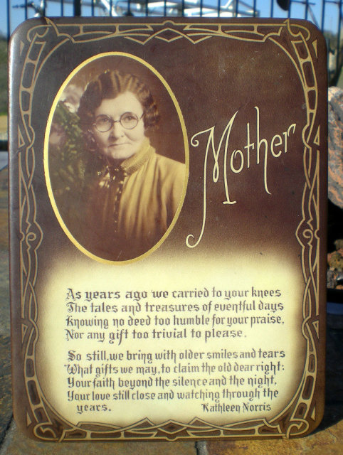 Mother Tribute Cello Sign