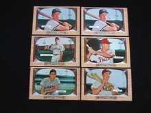(35) '55 Bowman Cards Elston Howard RC