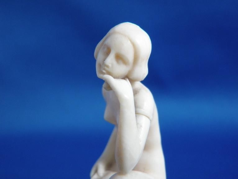 Art Deco Ivory Nude Flapper Lady on Onyx Base Ashtray Vanity Tray