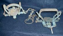 VICTOR Small Animal Traps - 2 Old Vintage