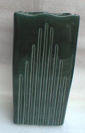 UNGEMACH Pottery Vase - NICE!