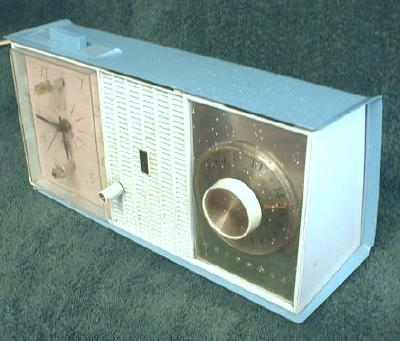 Old Motorola Radio Two Tone Blue Electric Alarm Clock -  COOL !