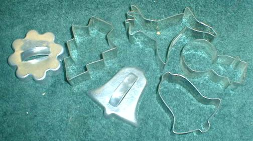 6 Vintage Christmas Holiday Metal Cookie Cutters