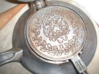 Old KRUMKAKE Iron Nordic Ware Scandinavian w/ Cone