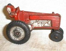 Old AUBURN John Deere Toy Farm Tractor Red AUB-RUBR