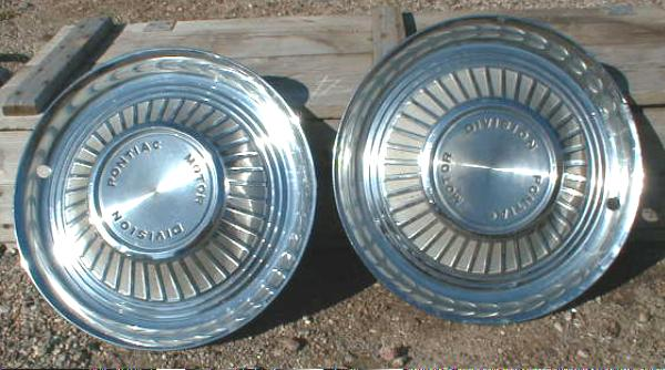 Set of 2 Hub Caps for Older PONTIAC