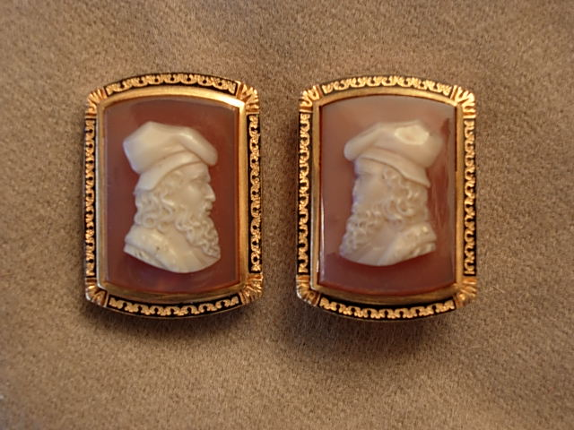 Handsome Hardstone Cameo and Yellow Gold