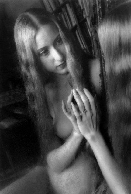 Steven Gelberg: Velvet Mirror