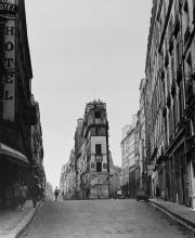 Norman James Gordon: Paris street scene