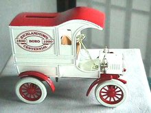 REDUCED  Replica 1905 Ford's First Delivery Car Ertl Bank