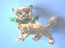 Christmas Kitten Pin,Cat,Ruby eyes,Grn Bow,Sgd