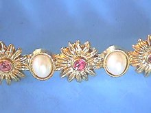 1928 Bar Pin, Flowers,Pink, Pearl Cabachons