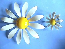 Daisy Pin/Ring, FLOWER POWER, the '60s