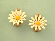 Vintage Daisy Earrings,Dbl Petals,Nice!