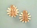 Vintage Daisy Earrings,Dbl Petals,Nice!