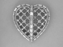 Cr Trifari Heart Pin,Baguettes,Silver,Perfect