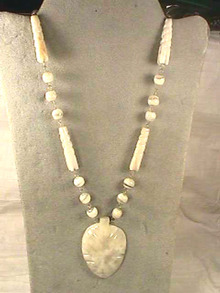 Vintage Quartz Neck,Unique,Marble,Boho!