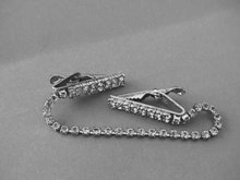 Glitz Sweater Clip,Crystal R/Ss,Prong Set ,Dbl