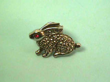 Marcasite Rabbit Pin,Bunny,Vintage,Cute!