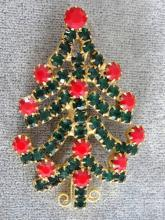 Christmas Tree Pin Red Green Rhinestones Prong Set Vintage
