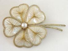 Wire Flower Pin Spun Heart Shape Petals Handmade Gold Tone Vintage