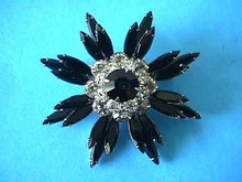 Black White Brooch Pin Signed Vintage Prong Set