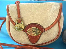 Dooney & Bourke Purse,TAN,Like New,Nice!