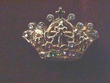 Crown Pin, Multi-color stone w/Cross, G/T
