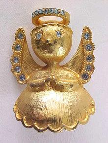 Christmas Angel Pin RAZZA Vintage Rhinestones Precious