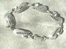 Beau Sterling Teardrop Filigree Bracelet