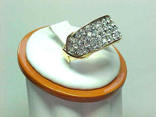 Elizabeth Taylor Ring Glitz! Avon Stunning