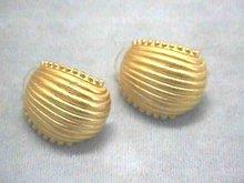 Ann Klein Gold Matte Shell Pierced Ers