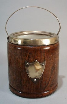 Wooden bucket with stonewear inside