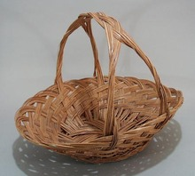 Woven grass basket, Nice large basket with nice shape