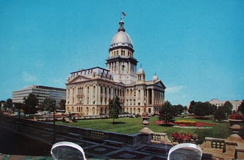 Ill. State Capitol Distant with Grounds PC