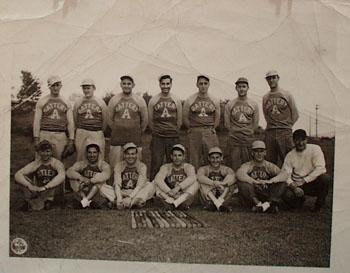 Signal Corp US ARMY Baseball Team 1945