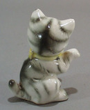 Old porcelain kitty ceramic figurine
