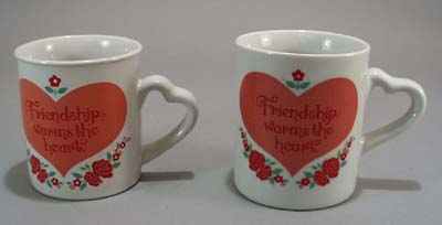 Friendship Warms the Heart Pr Mugs,
