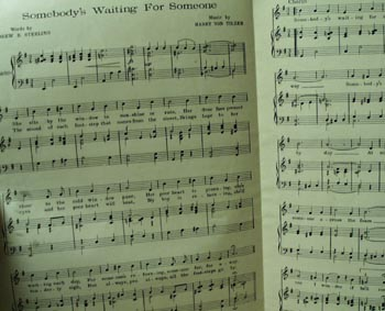 Somebody's Waiting for Someone Sheet Music