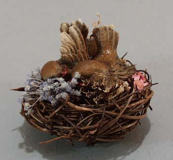 Enesco Lovebirds in Rattan Nest,