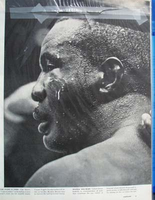 Cassius Clay & Sonny Liston Fight Article 1964