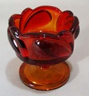 Tiara sunset candle holder in deep red