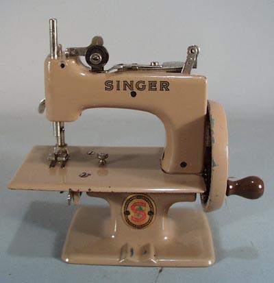 Antiques Art Vintage Simple 1950 Singer Sewing Machine