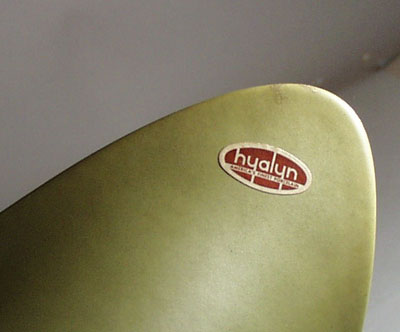 Hyalyn Americas finest porcelain bannana dish