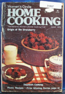 Womens Circle Home Cooking Cookbook June 1975