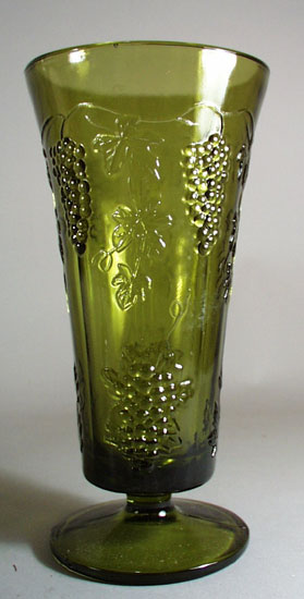 Indiana Glass LG Green Grapes Vase